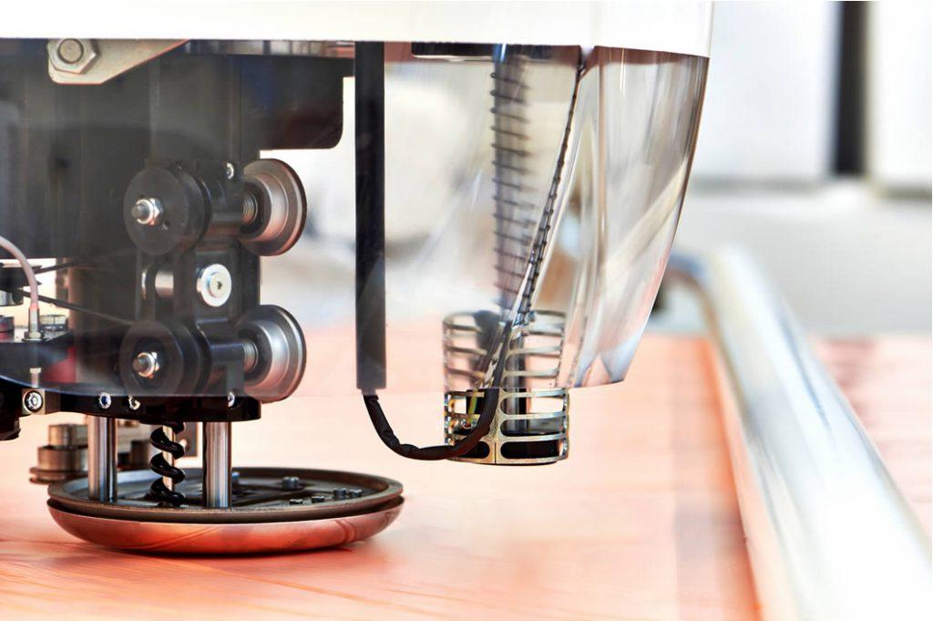 servizio taglio automatico - testa macchina da taglio INCOR3 srl